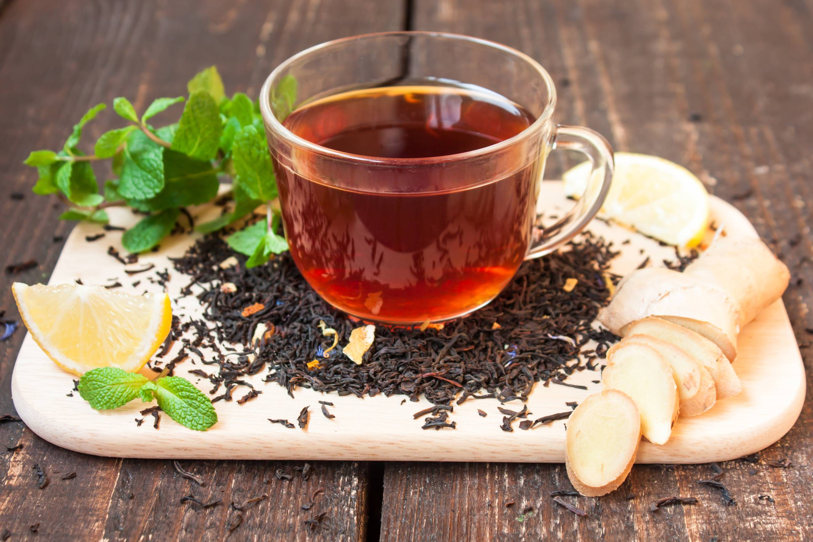 www.GetBg .net 2017Food Drinks A cup of black tea with ginger 113462