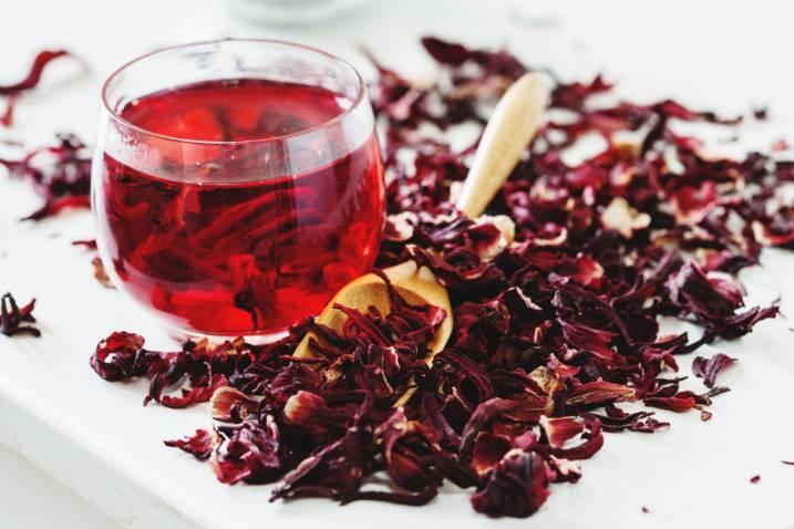 Чай из розы: польза и вред