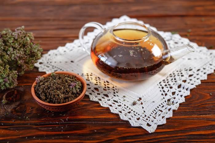 заваренный чай с душицей